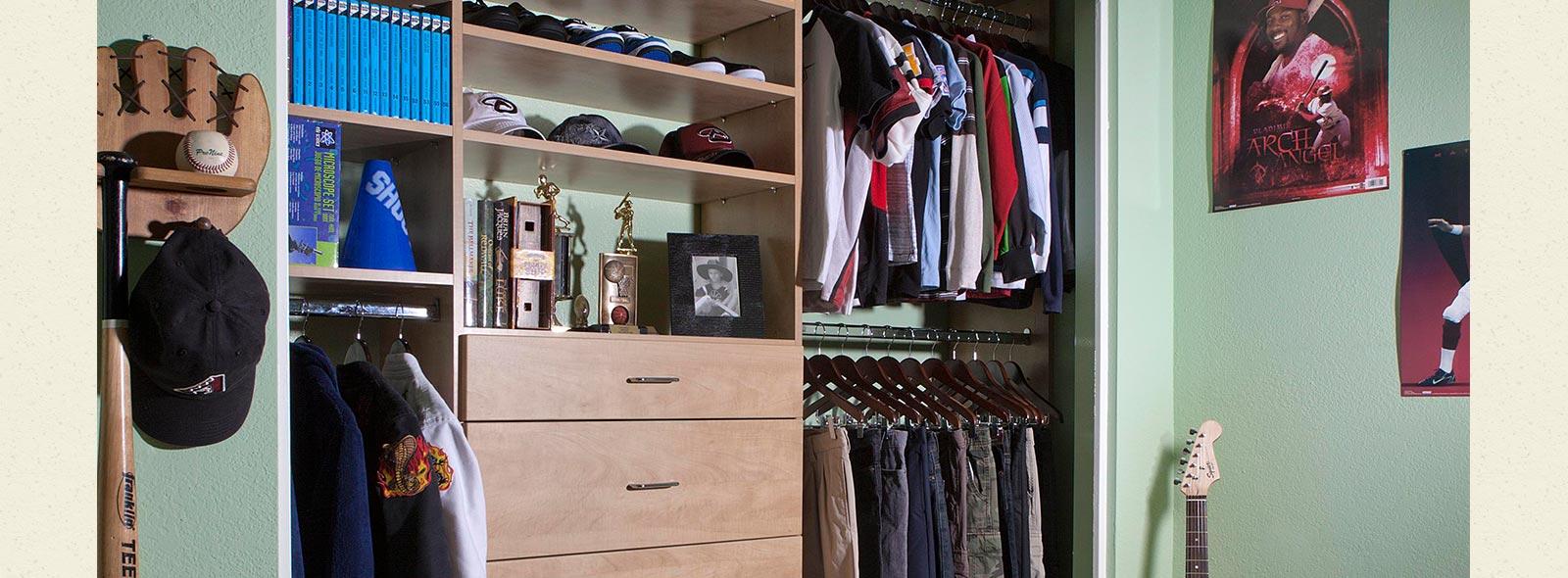 kids closet. kids messy closet. boys reach in closet e